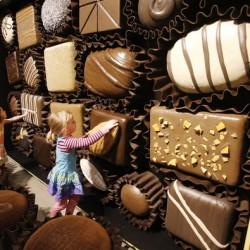 dnews ChocolateExhibit.1d14   ja