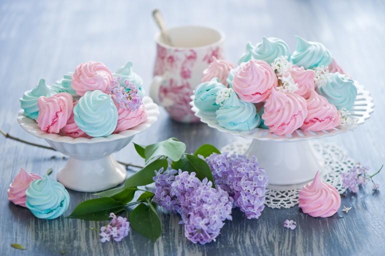 Meringata, prăjitura specială care a cucerit iubitori de dulciuri din întreaga lume