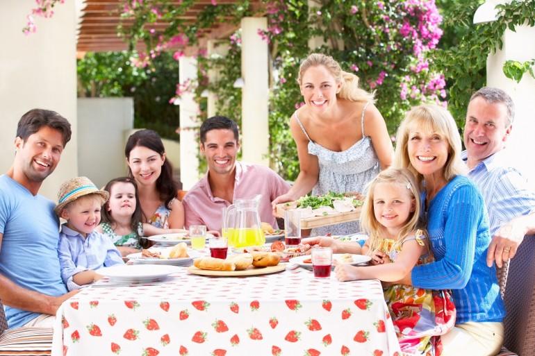 Sărbători de împrumut – Pe când și Ziua Desertului?